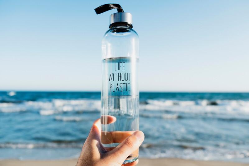 9 alternatives aux bouteilles en plastique à usage unique