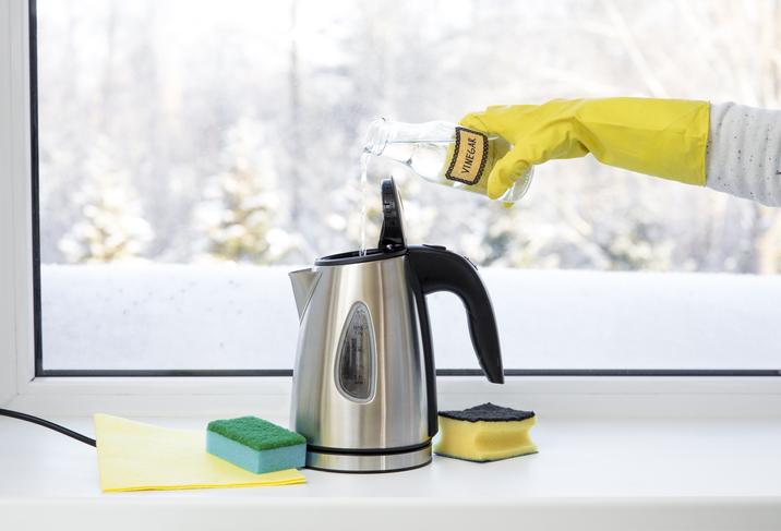 Faire le ménage au vinaigre blanc
