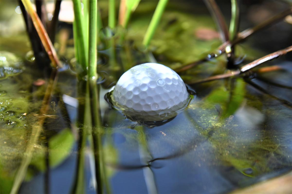 Pollution balle de golf