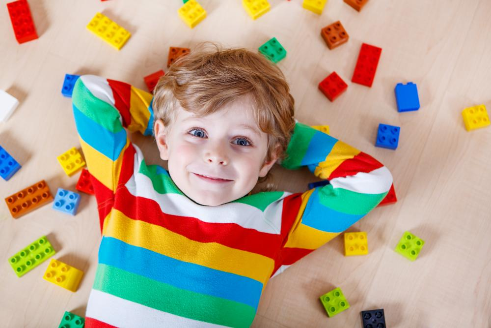 Occuper un enfant de moins de 3 ans autrement qu'avec les dessins animés