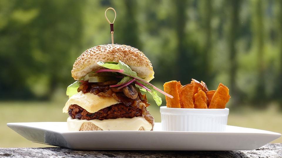 Les alternatives à la viande sont-elles réellement nutritives ?