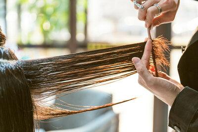 Le recyclage des cheveux, une matière première aux nombreuses vertus