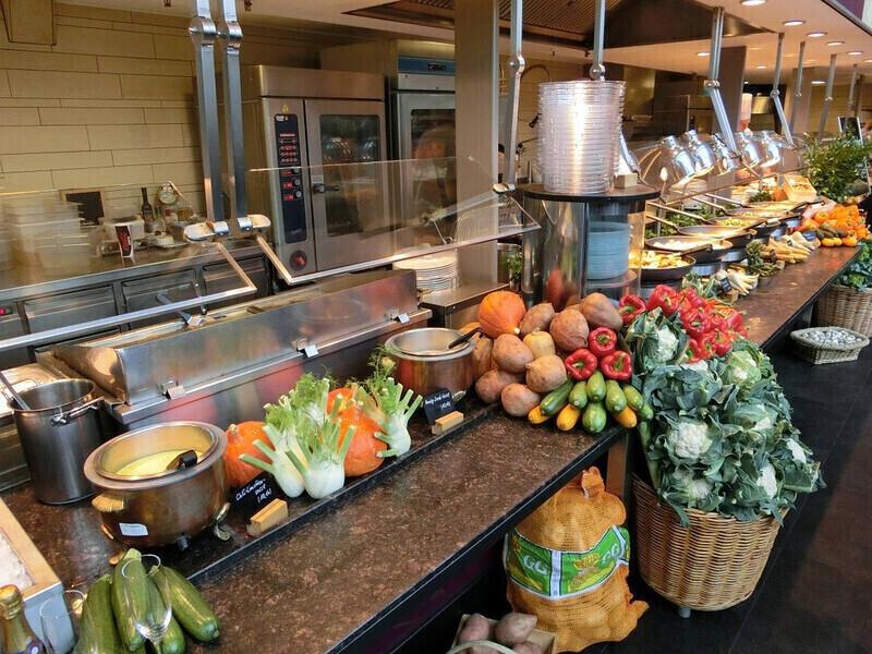 Les repas végétariens obligatoires dans les cantines: Un point après la première semaine