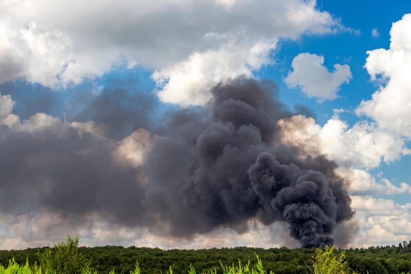 Pétition Lubrizolà signer: une enquête sanitaire et environnementale sur les suites de l'incendie doit être menée