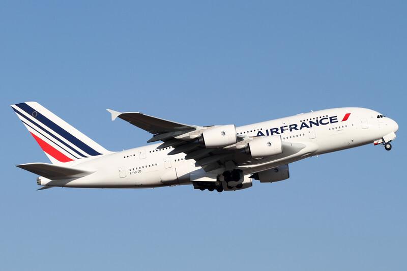 Air France s'engage à compenser ses émissions de CO2 sur ses vols intérieurs