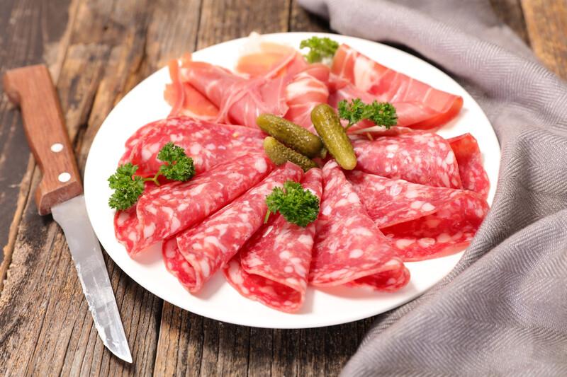 Signez la pétition pour interdire l'ajout de nitrites dans notre alimentation !