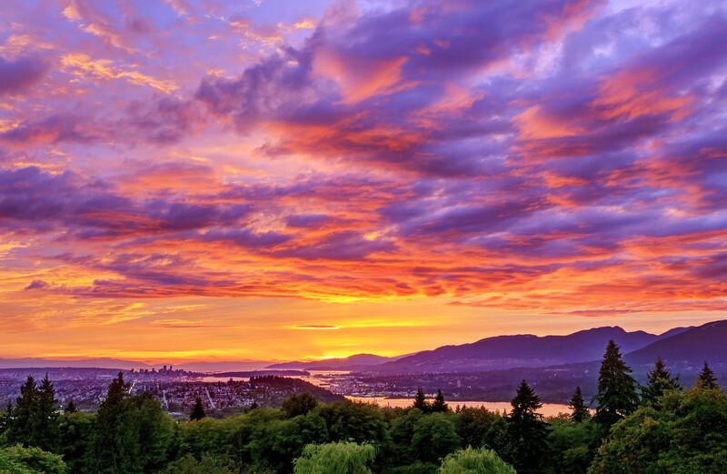 Les polluants et particules fines donnent lieu à de magnifiques couchers de soleil roses
