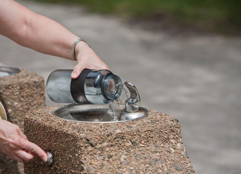 Londres lutte contre le plastique avec des points d'eau gratuits
