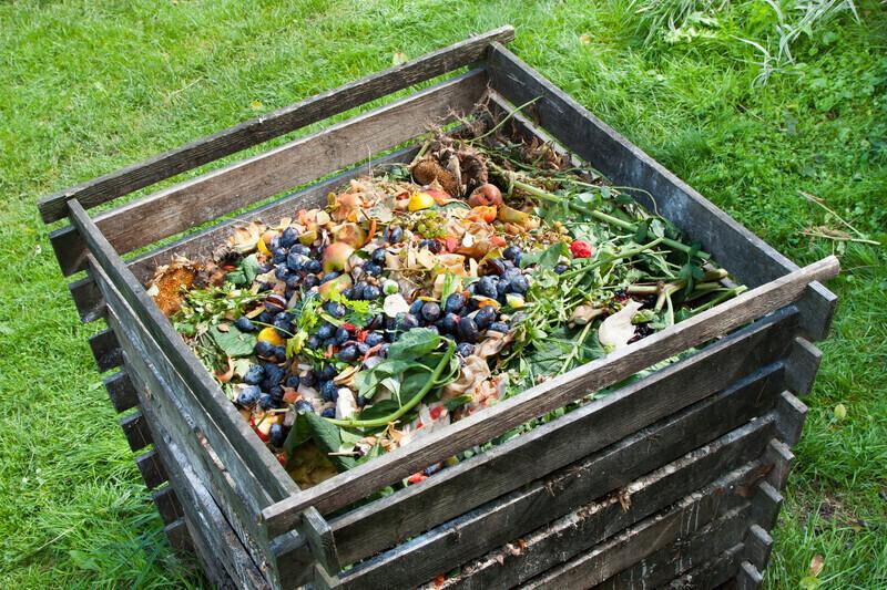 En Mayenne, une grande surface fabrique du compost avec ses déchets organiques
