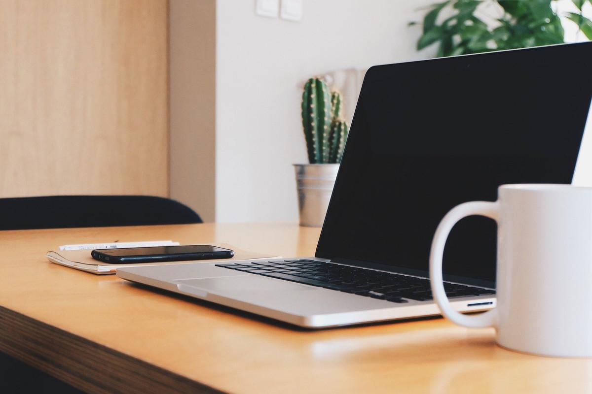 Cinq astuces pour réduire son empreinte numérique