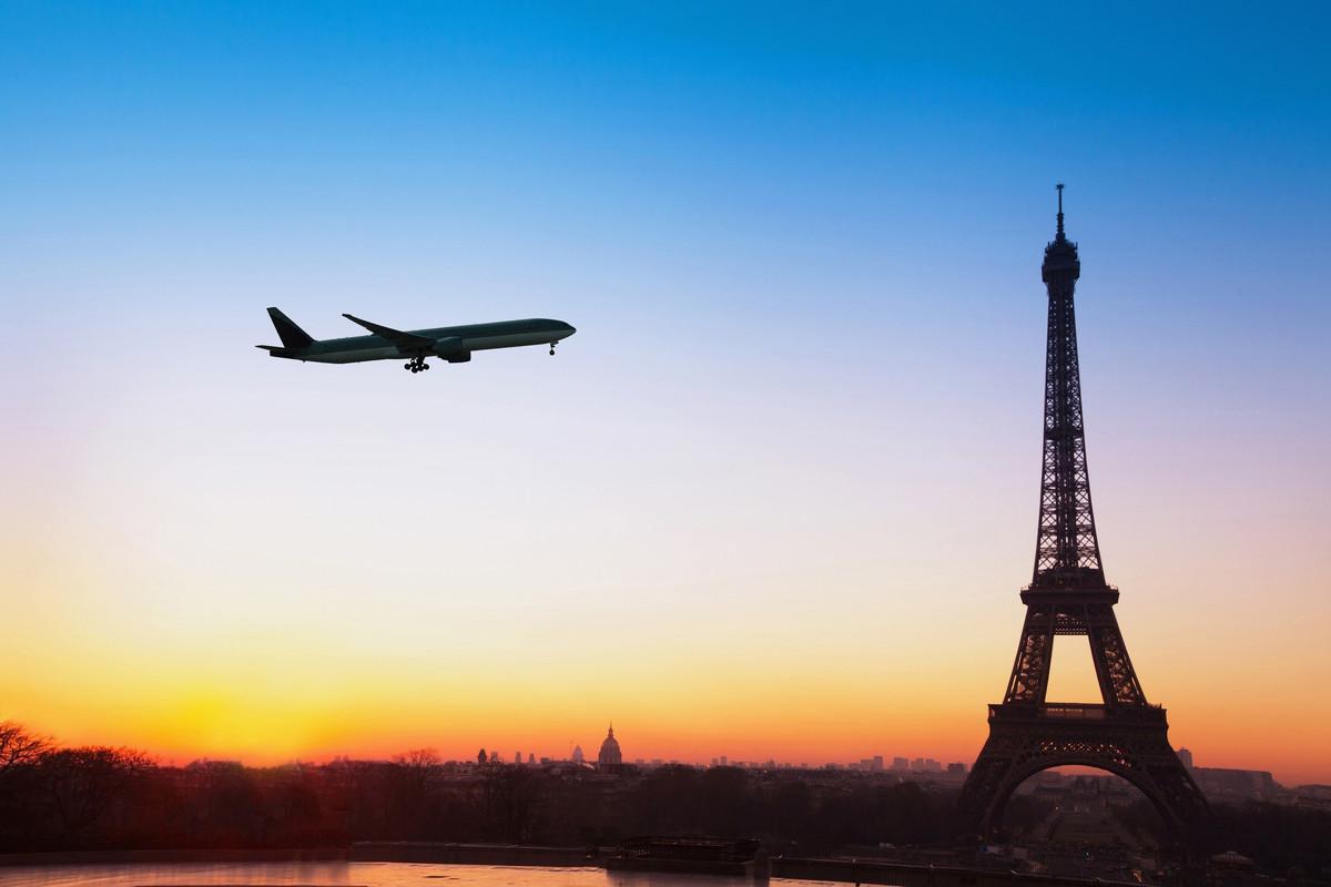 Les aéroports de Paris visent les énergies renouvelables d'ici 2021