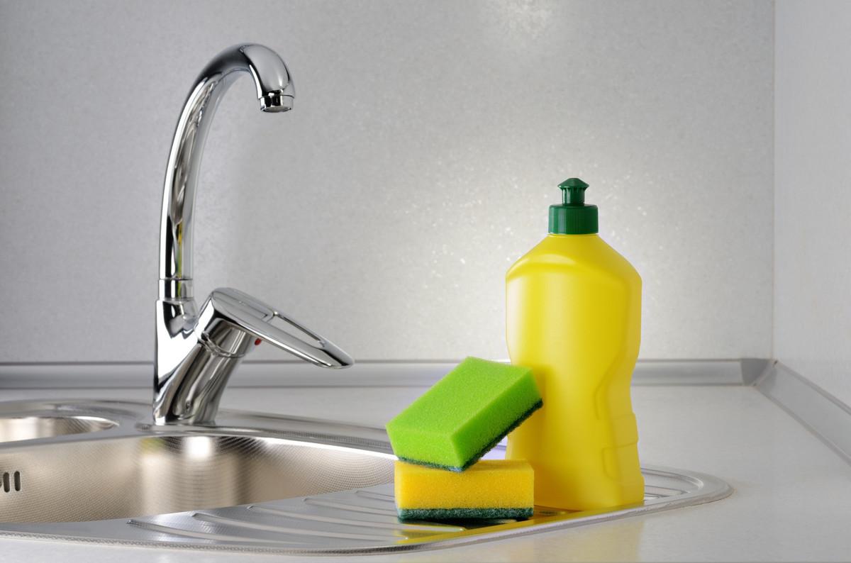 DIY : Fabriquer un liquide vaisselle écologique