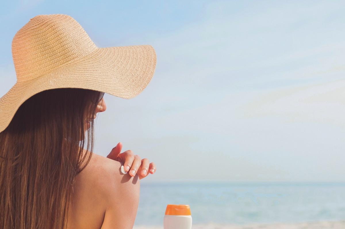 DIY : 3 recettes naturelles de crème solaire