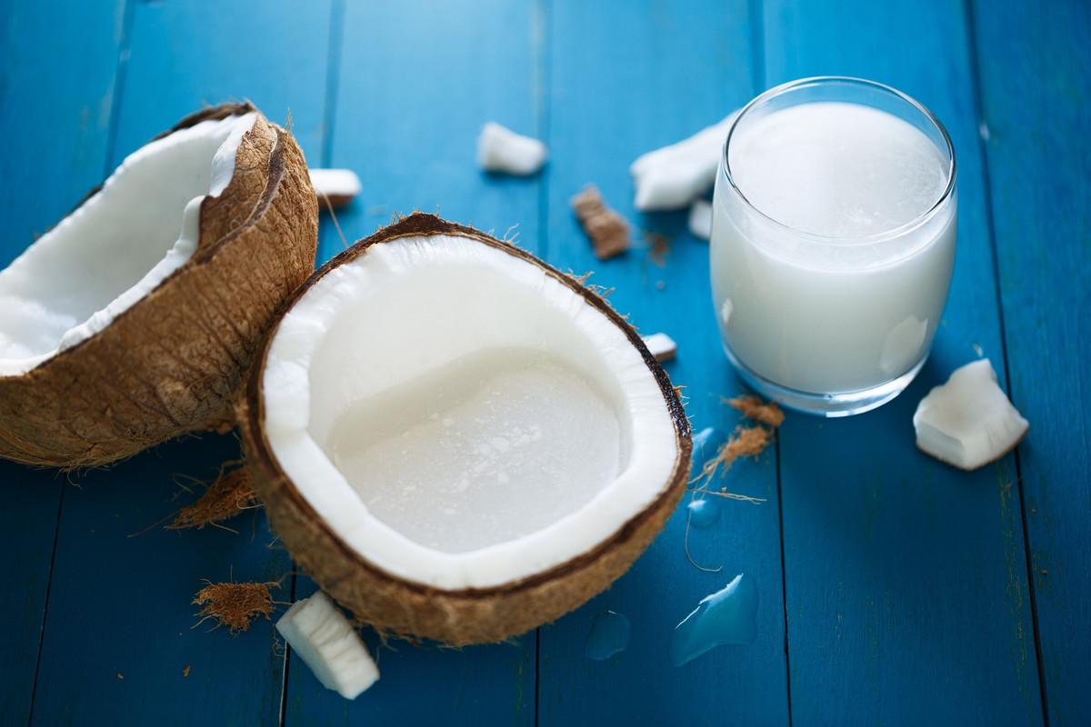 DIY: 2 recettes pour fabriquer son lait de coco soi-même