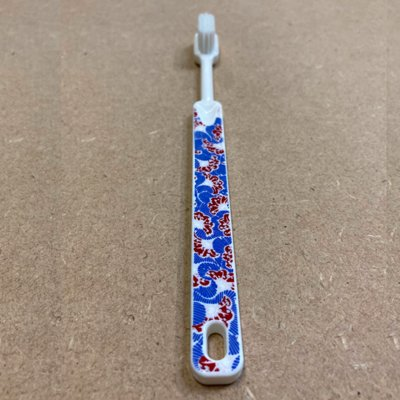 Brosse à dents à tête rechargeable Wax - imprimé bleu rouge - medium