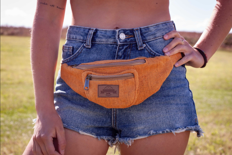 Sac banane orange en chanvre vegan, fait main